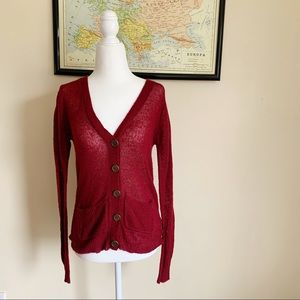 FOREVER 21   maroon buttoned cardigan